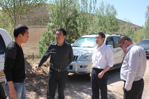 榆林市交通运输局局长张林生一行到我县检查指导工作图片