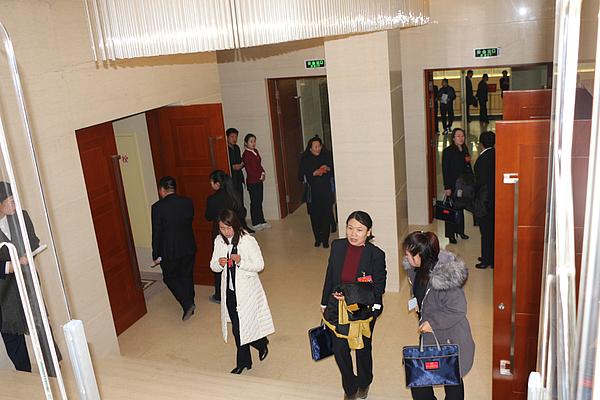 靖边县第十八届人民代表大会第...